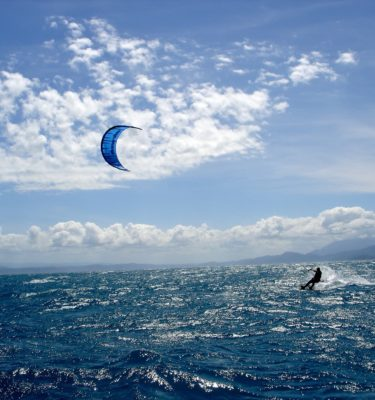 Kitesurfing holidays North Shore to Snapper Island Great Barrier Reef