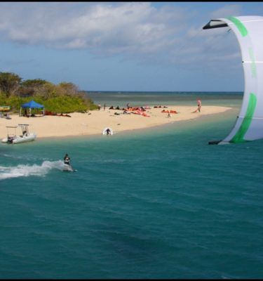 Kitesurfing Port Douglas Low Isles Great Barrier Reef turtles coral