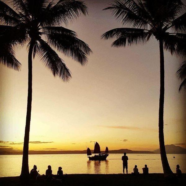 port douglas sunset sail shaolin great barrier reef